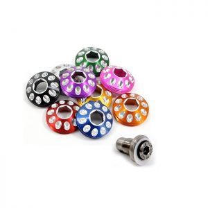 lefty-hub-cap